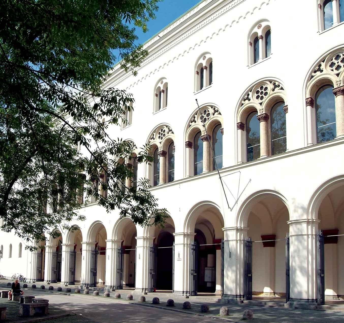 Ludwig-Maximilians-Universität München (Germany)